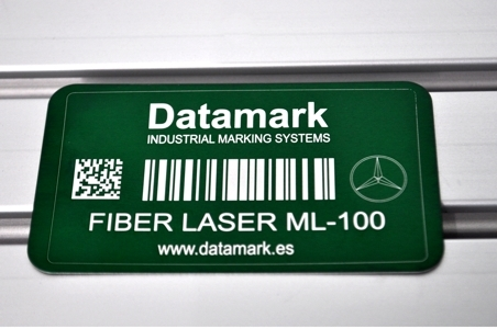 Marcaje y grabado de placas por láser