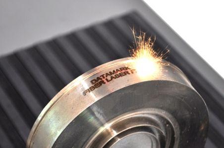 Marcaje laser en piezas de acero