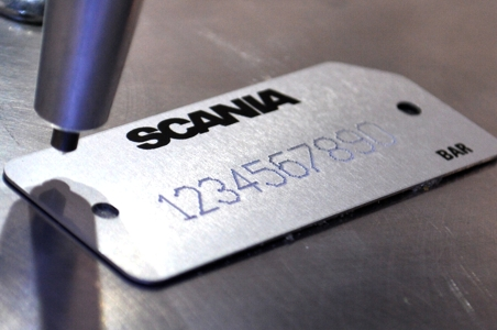 Grabado de placas de aluminio